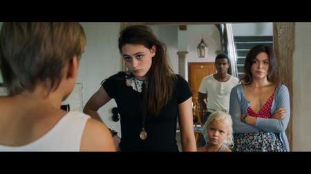 AUS_Filmstill_Schwestern_2